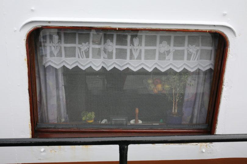 Binnenschiff Fensterdekoration