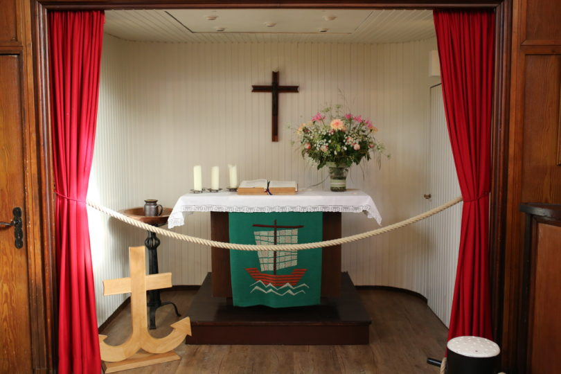 Flussschifferkirche - Altar